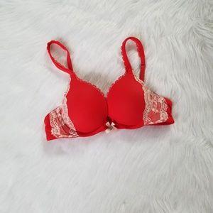 Victoria's Secret Pushup Bra